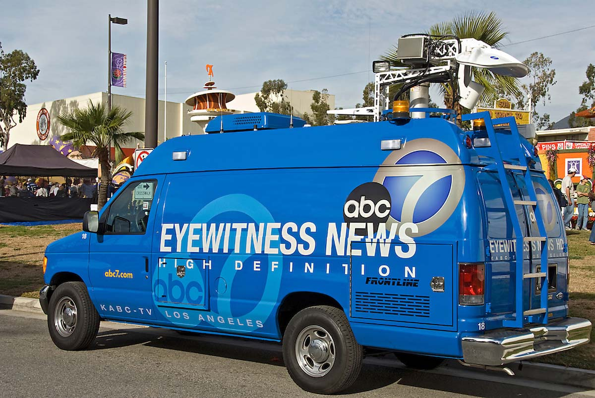 ABC 7 DNSNG News Van