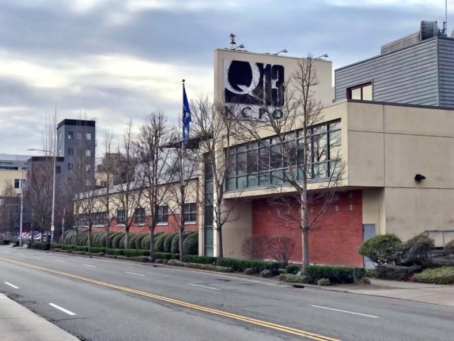 Q13 Fox News and JOEtv (KCPQ-TV & KZJO-TV) situated at 1813 Westlake Ave. N. Seattle