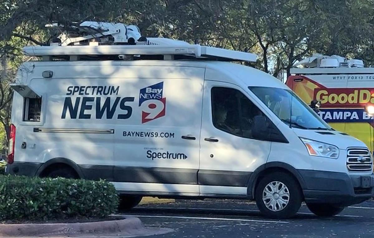 Spectrum Bay News 9 St. Petersburgh live streaming news van