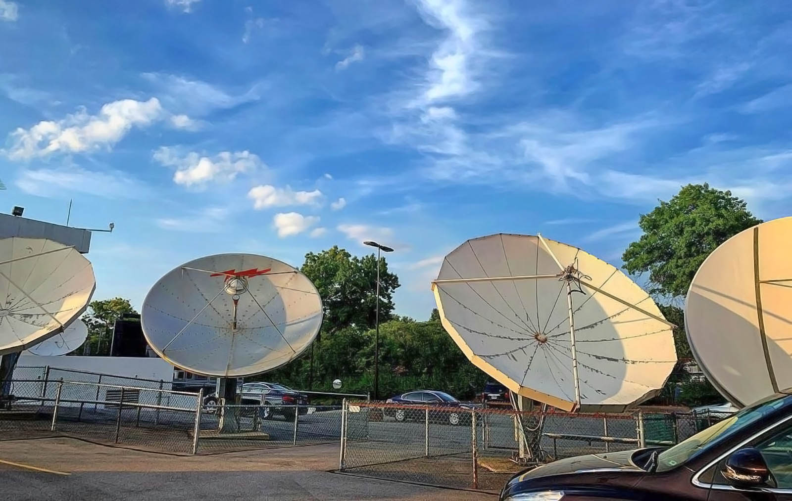 Fox 8 News Cleveland live transmission dish antennas