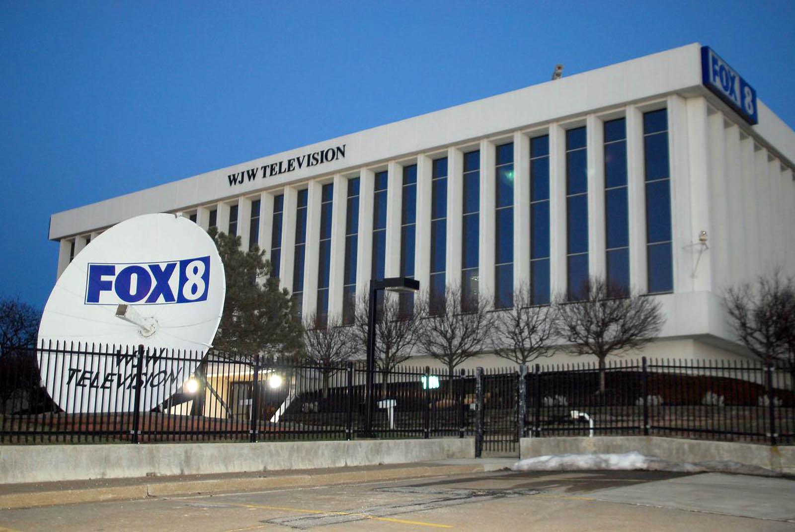 Fox 8 News Cleveland News Studio Building