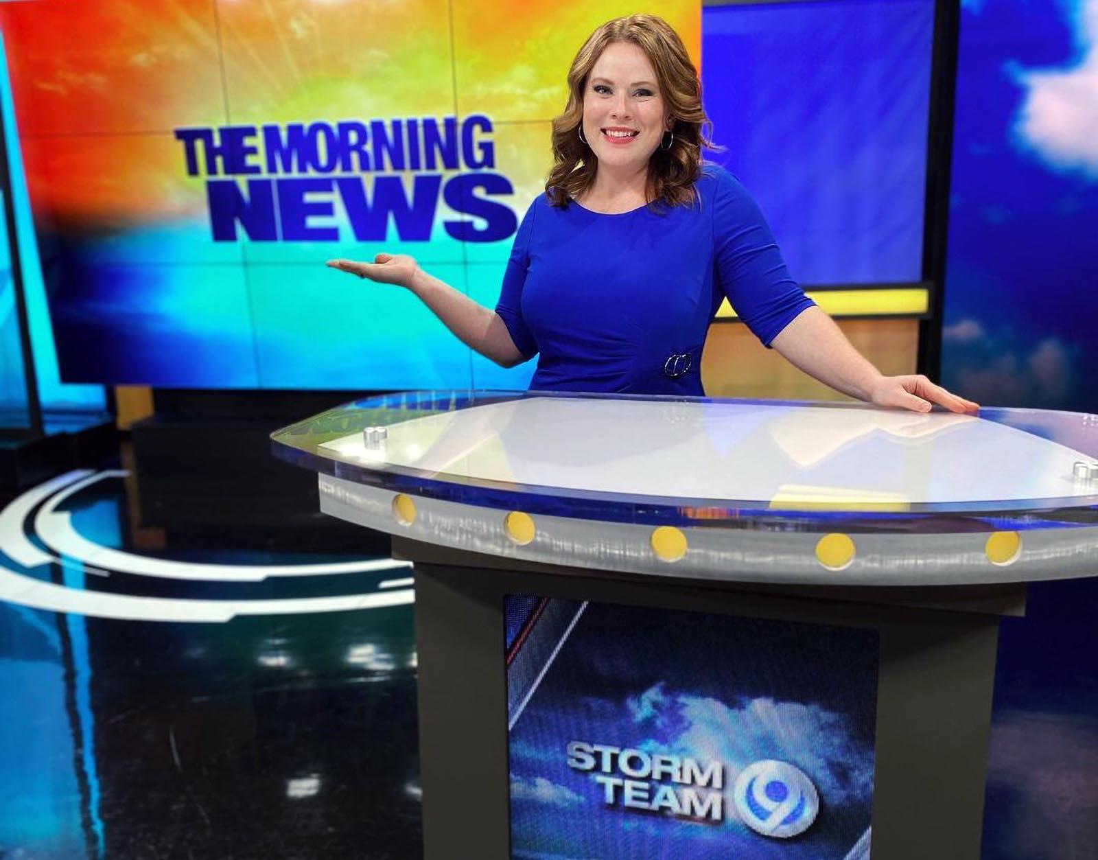 Lindsay Raychel at morning news studio of 9 WSYR