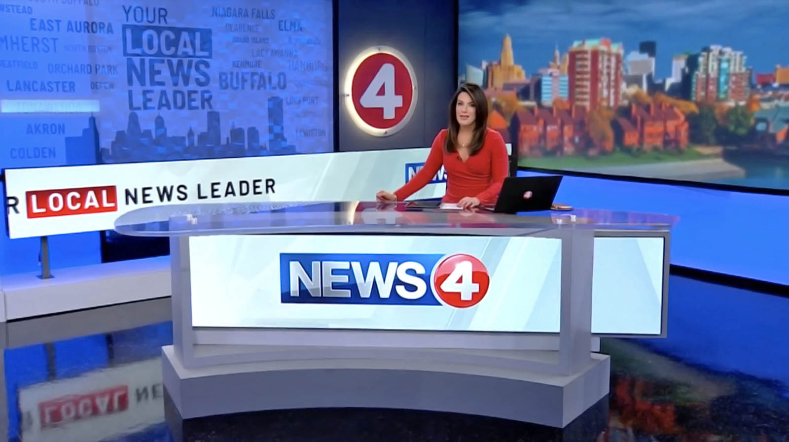 WIVB News anchor ready for news briefing