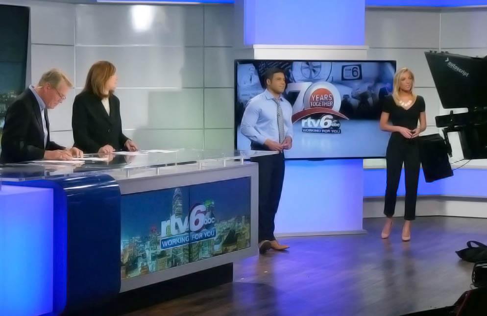 Amanda Starrantino anchoring with other anchors at WRTV News