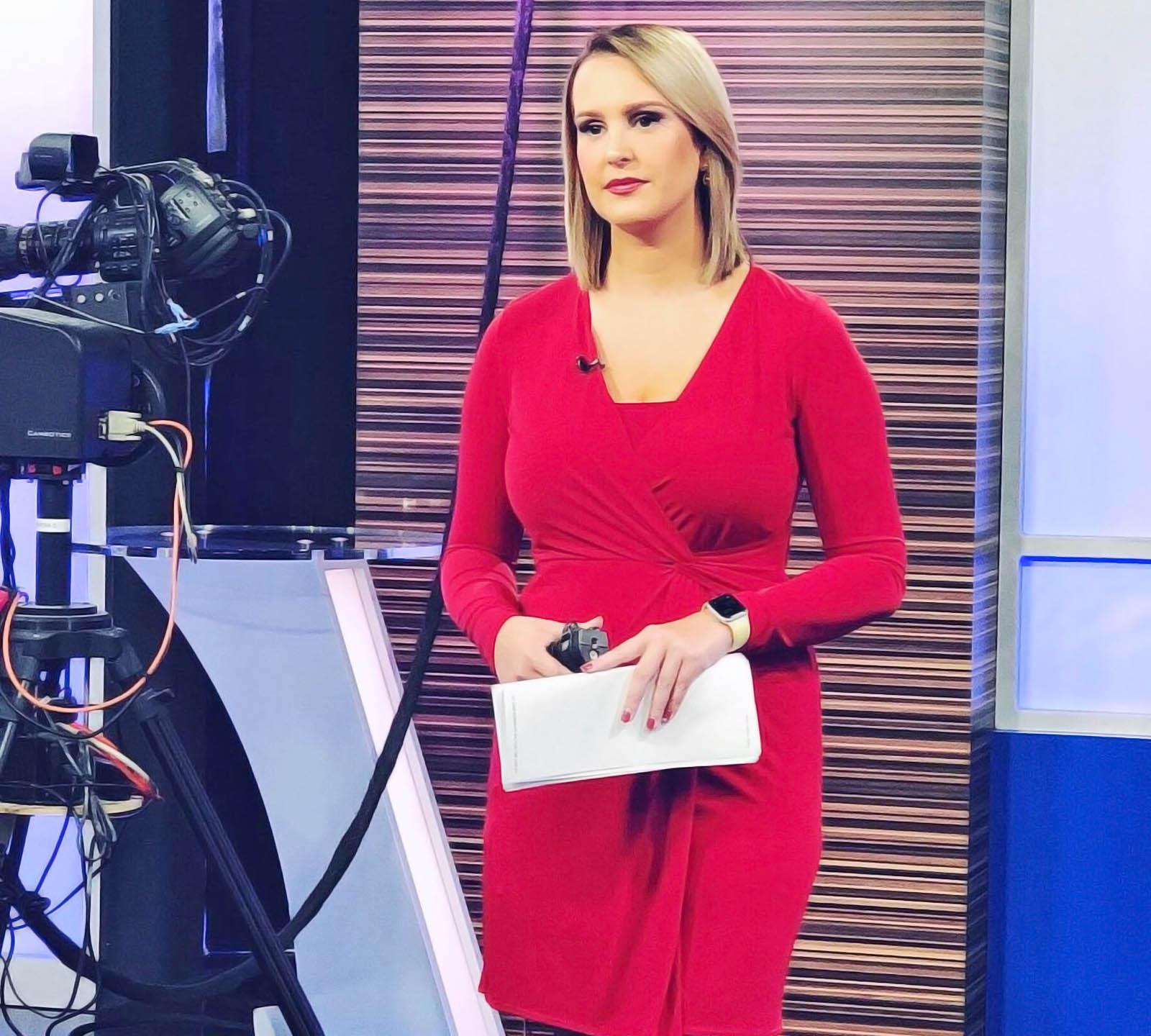 WILX News anchors ready on camera
