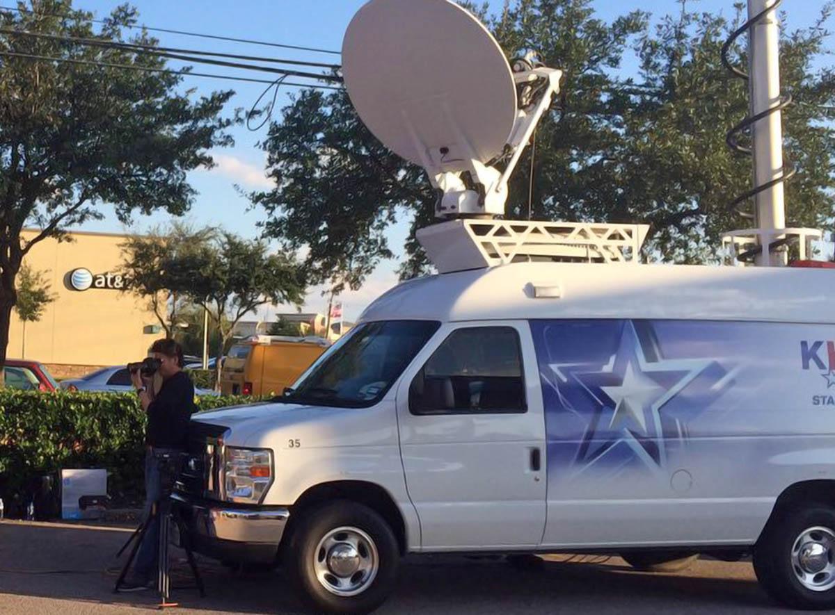 KHOU 11 News Satellite Van