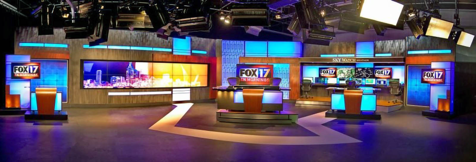 WXMI Fox 17 News Live Coverage Studio